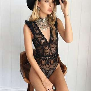 🧡 Lace Bodysuit