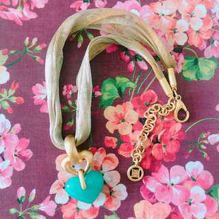 Vintage Givenchy 湖藍色心形金色網織短頸鏈 turquoise heart gold mesh necklace