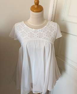 Chic simple angelic top