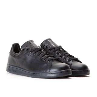 Adidas Stan Smiths All Black UK 5.5 RRP $130