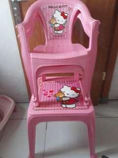 Meja dan kursi anak (hello kitty)