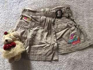 Disney Pooh Girl Khaki Skirt 2years