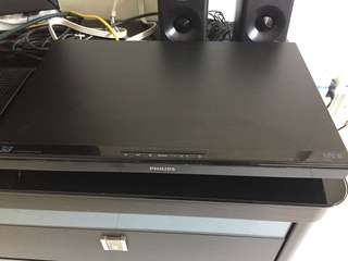 PHILIPS 3D BLU-RAY PLAYER