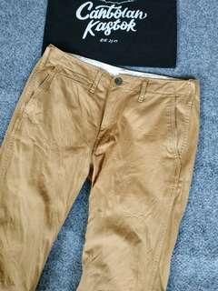 g.u by uniqlo chino pants