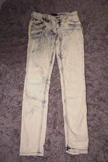 Forever 21 vs nudie collaboration blue white washed