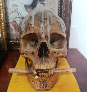Aj Thep ritual skull P tong bucha