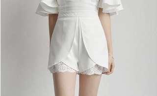 White lace pant