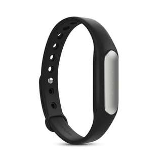 Mi Band (Xiaomi Fitness Tracker) (NEW)