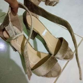 Liliw block heels