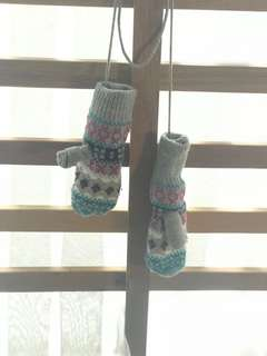 Winter Mitten and Scarf