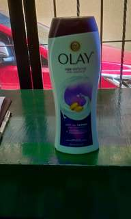 Olay Body Wash Age Defying with Vitamin E 22 oz.