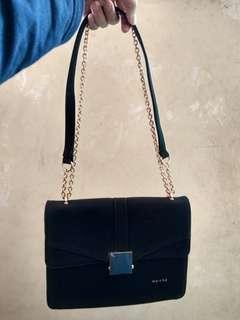 Velove Sling Bag Suede Merche Black