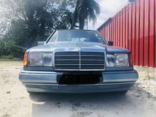 Mercedes Benz 230E (M) Manual. W124 Collection