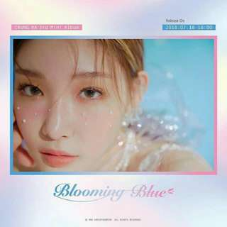 CHUNG HA 3RD MINI ALBUM: BLOOMING BLUE