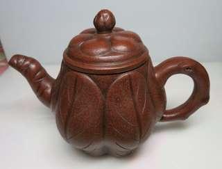 🚚 [老茗器]紫砂壺~紅土 早期花貨 花苞壺 單孔 有落款 510CC