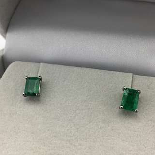 18K黑金耳環 2卡份綠寶 18K Black gold Earrings 2.01ct Emerald 可議價
