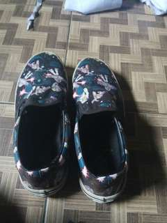 Tt bt ajah vans slip on disney