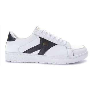 Hit2 Sneakers