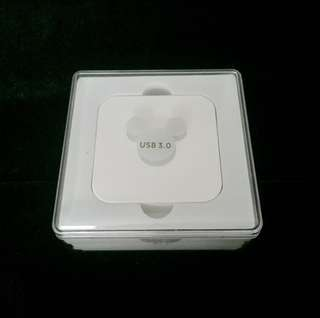 BNIB Disney Mickey Mouse USB 3.0 Multiport USB Hub 4 port Authentic
