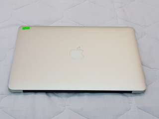 Macbook Air 2015 13inch i5 4gb 128ssd