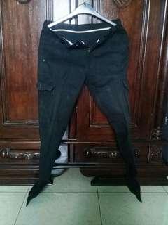 Celana Kargo Hitam by Impresif Clothing #MauDecay