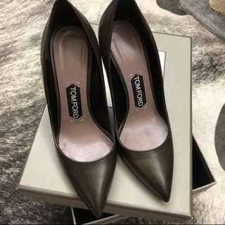 ($7700➡️1500) Tom Ford khaki heels sz 36