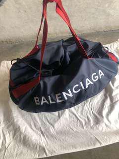 Balenciaga logo hold-all bag