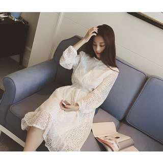 🚚 極美簍空蕾絲中長款洋裝 白色洋裝 連衣裙