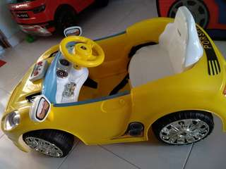 Used** Baby Car toy car big car electronics electric cars children kids yellow controller remote porshe