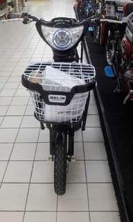 cukup dengan membayar admin 199.000 sudah bisa milikin sepeda listrik ini