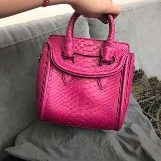 ($23.5k➡️8.5k) Alexander Mcqueen pink snake mini heroine bag