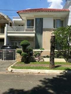Rumah Luas Mewah, 2lt di Taman Modern, Cakung