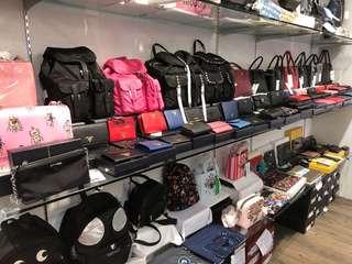 代購名牌手袋、手飾、鞋等等..保證正品 歡迎加Fb