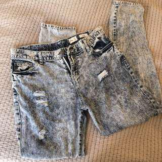 Ripped Rusty Surf Shop Jeans Size 10