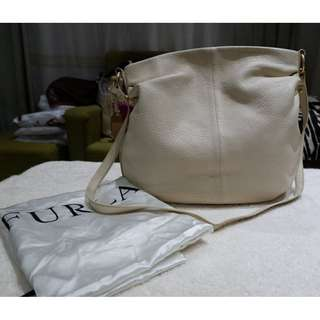 AUTHENTIC PRE-LOVED FURLA SHOULDER BAG/ SLING BAG
