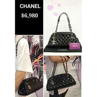 90% New CHANEL Mademoiselle 黑色 漆皮 菱格紋 銀鏈 肩背袋 手提袋 手袋 Black Quilted Patent Small Handbag