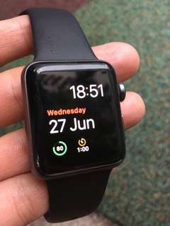 Apple iwatch series 2 ( 38mm )