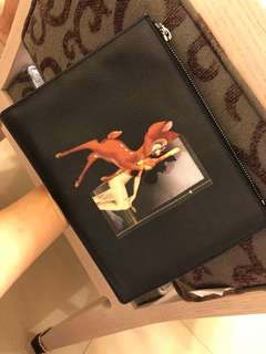 🚚 Givenchy Bambi clutch