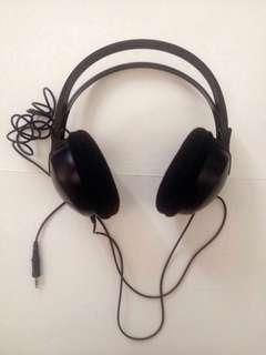 REPRICED PHILIPS shp 1900 over-ear headphones -black