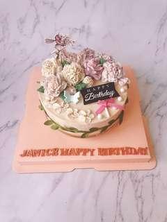 韓式裱花蛋糕 (彎月型6吋)