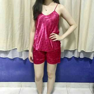 Set bow pink 55.000 Bahan satin allsize real pict