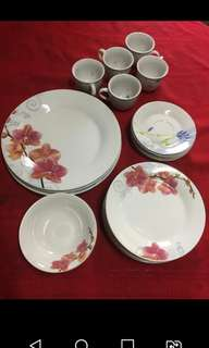 TAKE ALL Fine Porcelain Assorted Plates
