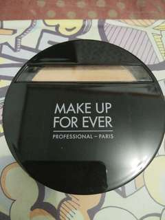 Bedak Make up for ever