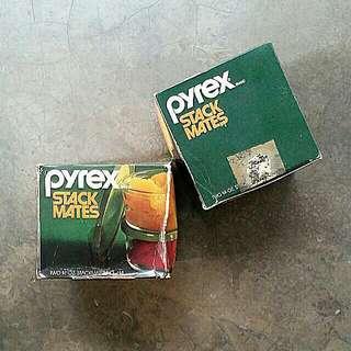 Pyrex Stack Mates