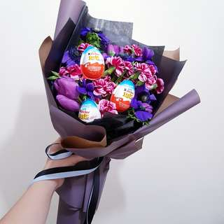 (Uniquely made for loved ones) Customised Bouquets