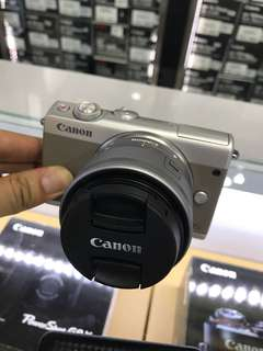 Canon EOS M100 kit (15-45mm) 99.99% new with Fullset , with Extra battery. Warranty till 2021 January