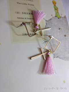 耳釘粉紅色十字架流蘇正方形耳環