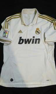 Real Madrid size L