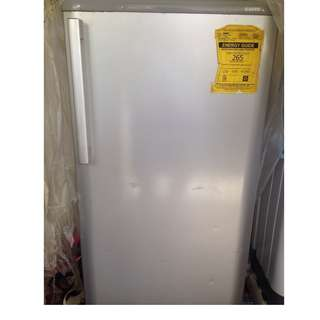Sanyo 7.0 cu. ft. Single-Door Refrigerator SR-S701THW(White)