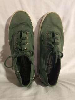 Green Keds Sneakers